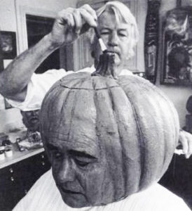 Jonathan Winters transforms into the Jack-O-Lantern for Halloween
