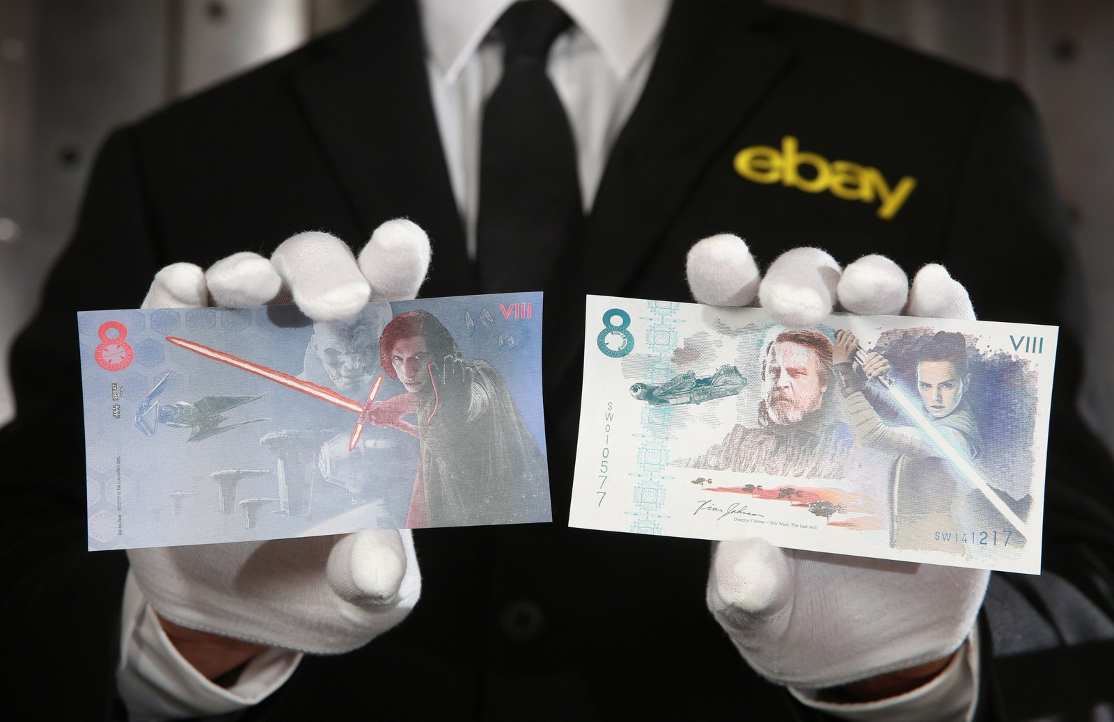 eBay and De La Rue launch an official commemorative note for charity on December 7th, to mark the upcoming film release of Star Wars: The Last Jedi