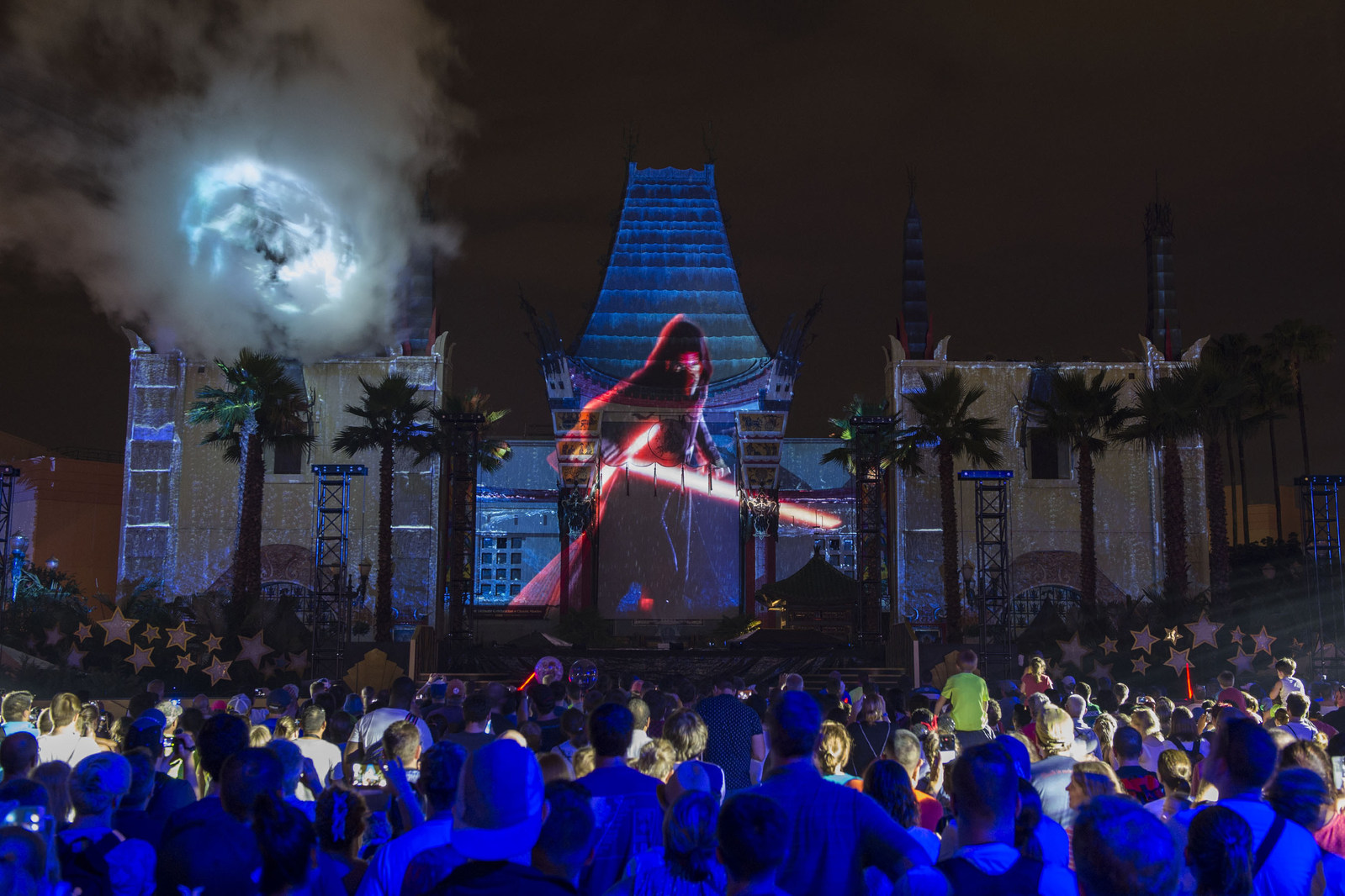 Star Wars: Galactic Nights, a special event at Disney's Hollywood Studios, returns Dec. 16, 2017 for one evening only with out-of-this-world entertainment, character encounters and more. Guests will be treated Hollywood-style to a red carpet arrival, iconic attractions with little to no wait time, amazing fireworks and projections, and experts sharing details about the Star Wars expansion coming to Disney's Hollywood Studios.